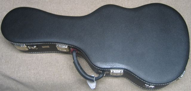 Hardshell case for Octave Guitar