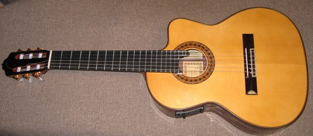 Esteve Requinto Guitar
